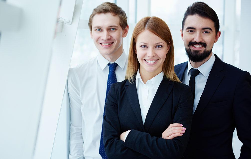 CE Glass Industries álláslehetőség pr menedzser
