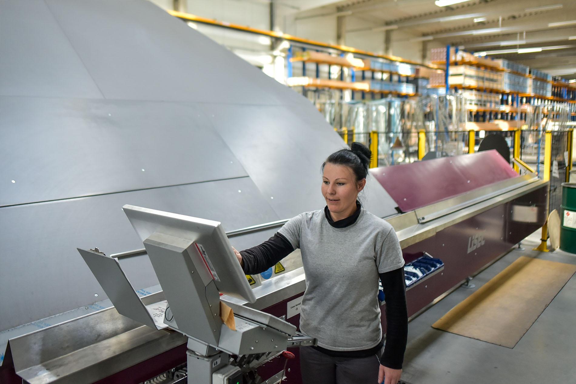 CE Glass munkakörnyezet