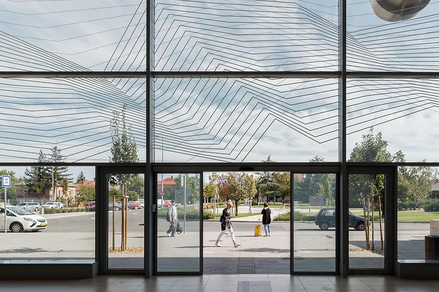Reconstruction of Balatonfüred railway station Ce Glass reference